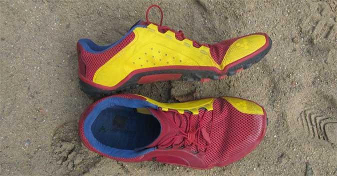 Der Vivobarefoot Trail Soft Gorund zeigt sich im Test als Trailrunningschuh mit sehr griffiger Sohle