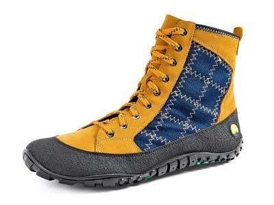 Der RidgeToes von Joe Nimble: gelbes Obermaletrial, halbhoher Schuh, an der Seite ein blauer streifen. Von der Sohle zieht sich eine schwarzes Band über die Zehen.